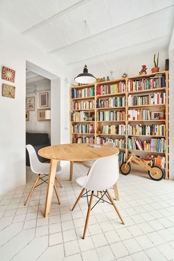 Remodeling Of An Old Apartment In One Of The Best Areas Of