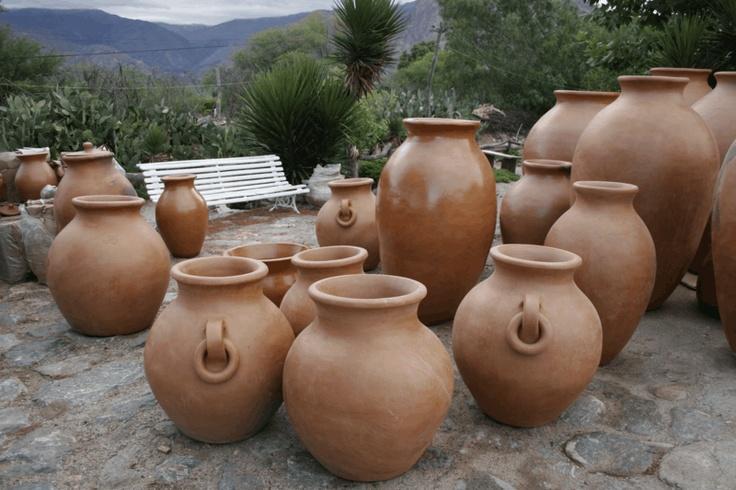 Tinajas en el Norte Argentino. Más info en www.facebook.com/viajaportupais