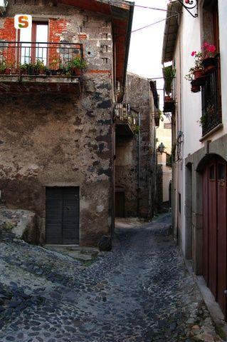 Sardegna DigitalLibrary - Immagini - Santu Lussurgiu, scorcio delle case