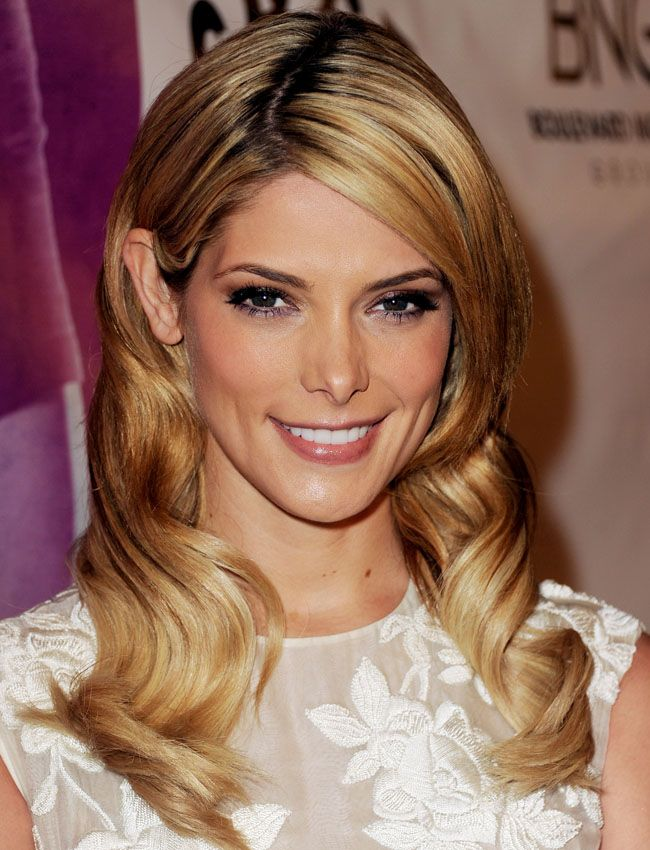 Ashley Greene Shows Off Long, Blonde Extensions