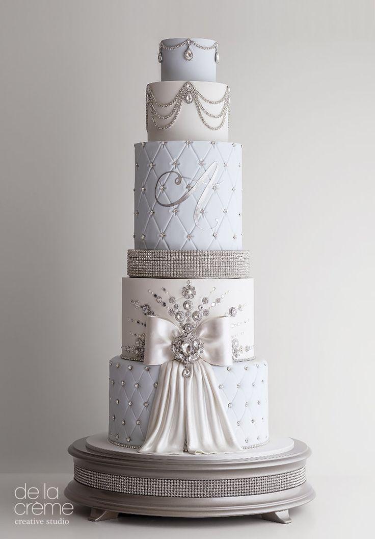 Icy Blue Fairytale Wedding Cake  – Hochzeitstorten