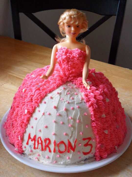 "Min første ""Barbie kake"""