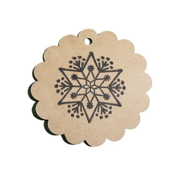 Tampon en bois flocon étoile et graphique sur étiquette kraft rosace