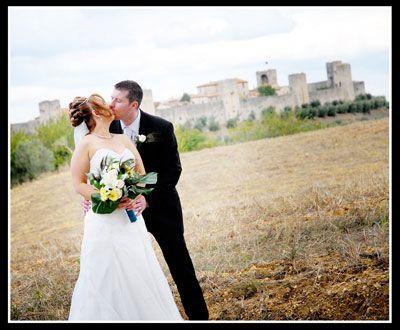 Romantic wedding venues in Tuscany Italy: Monteriggioni