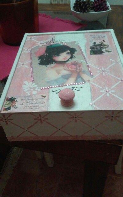 caja de vino decorada por marc - Cajas De Vino Decoradas