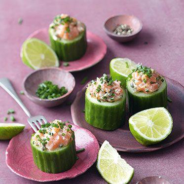 Lachstatar im Salatgurken-Cup Rezept | Küchengötter