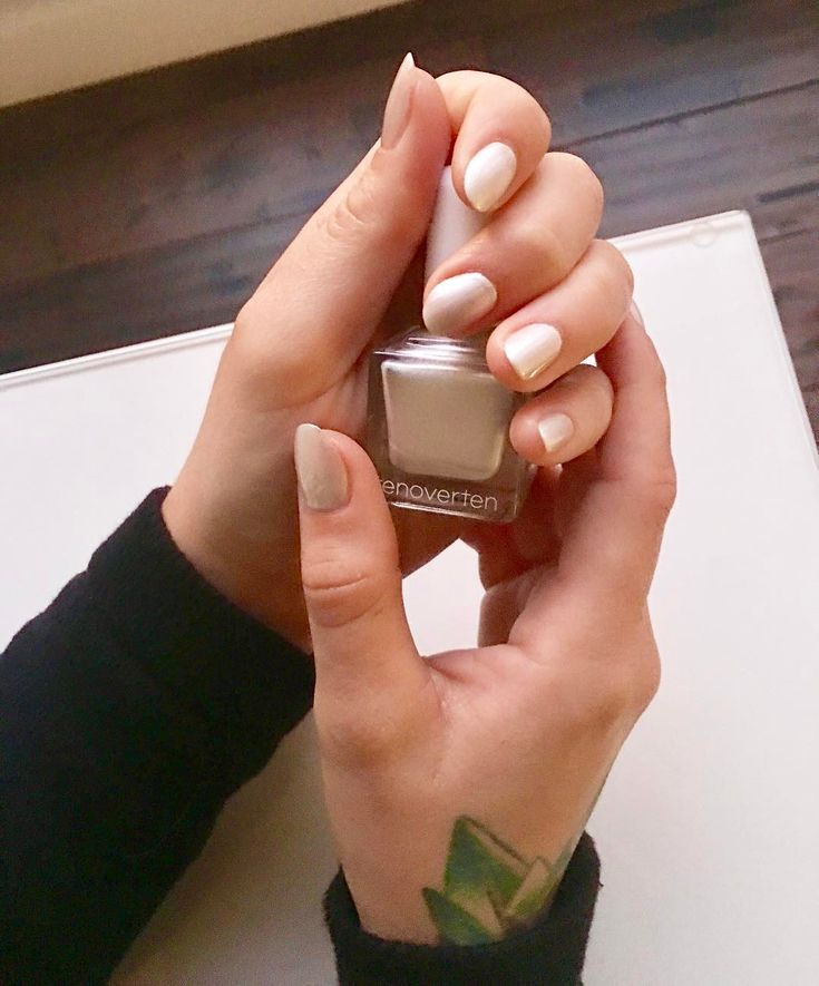 Vernis à ongles montréalais de Vando salon