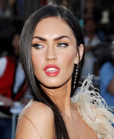 .: Lips Gloss, Dark Hair, Eye Makeup, Meganfox, Megan Foxes, Lips Makeup, Scavenger Hunt'S, Lips Colors, Lips Colour