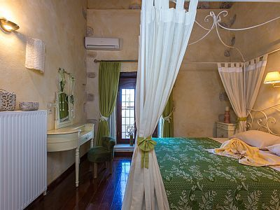 Rethymno villa rental - All bedrooms are air conditioned and tastefully decorated!