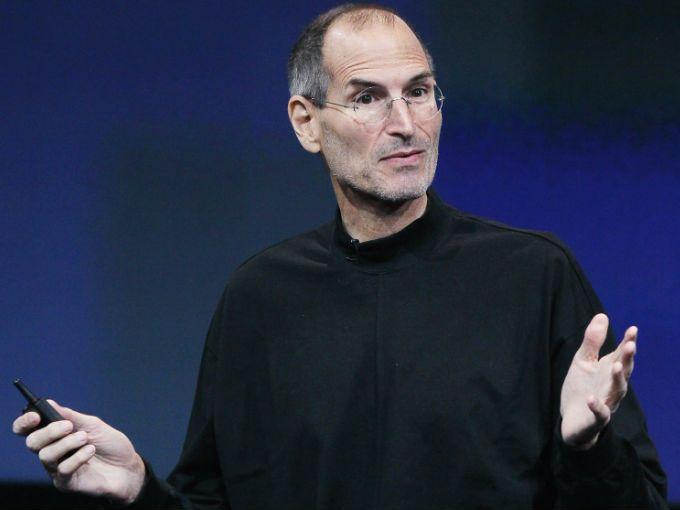 Después de la muerte de Steve Jobs el 5 de octubre del 2011, en todo el mundo se le han realizado diversos homenajes, lo que demuestra la admiración que le siguen tienendo a uno de los hombres más importantes en la actualidad, y que contribuyó al desarrollo tecnológico de nuestra era.