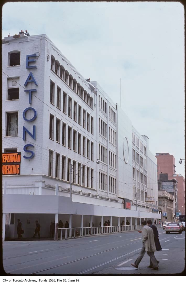 EATON'S Department Store was located at Yonge & Queen St., Toronto @ 1976