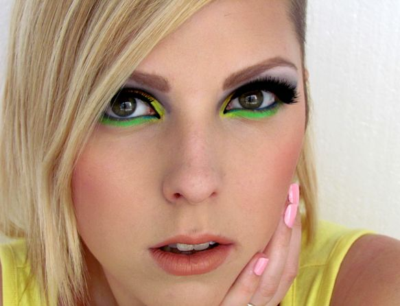 Dnešní Makeup: Rainbow (on) Rocks http://getthelouk.com/?p=1908