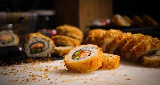 Sushi Maki fritto e croccante.