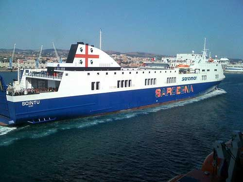 Arriving in the Port of Civitavecchia  Jacrews7