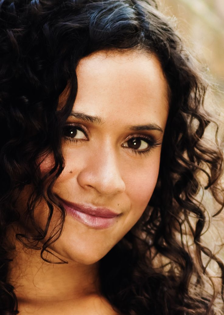Angel Coulby | Angel Coulby Photo Gallery | Tv Series Posters and Cast