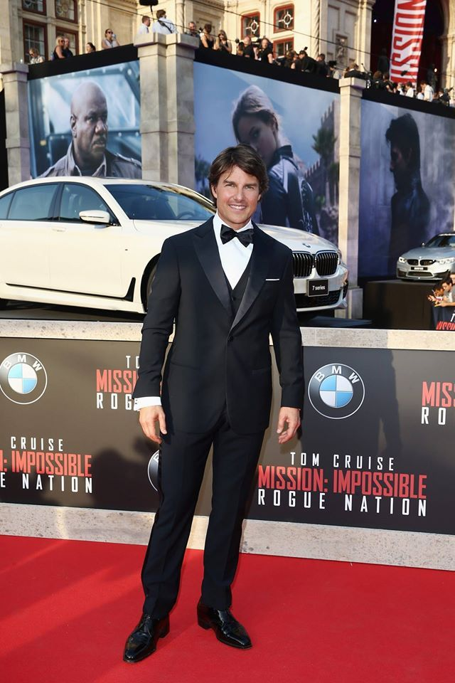 Tom Cruise looking handsome last night at the Mission Impossible's premiere in Vienna! #TomCruise #MissionImpossible #RogueNation