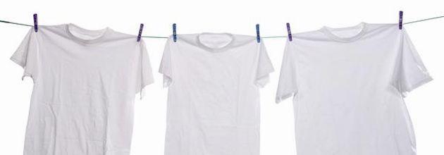 Veja aqui uma forma eficiente e simples de como tirar mancha de suor em roupas brancas naturalmente!