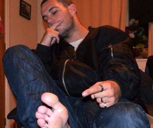 feet Billy campbell