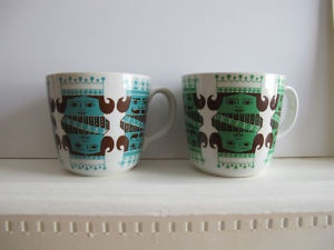 Arabia Finland king and queen cups