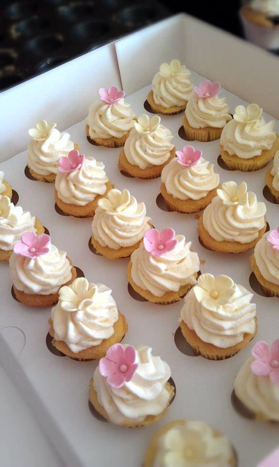 Heavens Taste: Zitronige Mini-Cupcakes