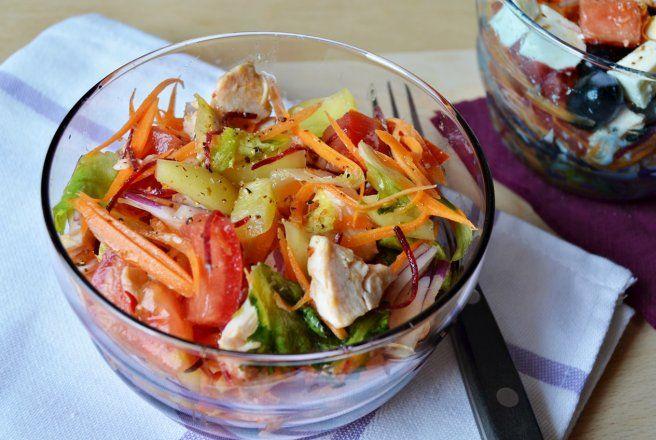 Retete Culinare - Salata de cruditati cu piept de pui