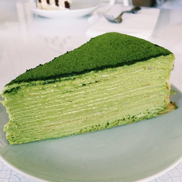 Matcha Tea Mille Crepe Cake. Find recipe here: http://matchatearecipes.co.uk/post/122421717800/matcha-mille-cake