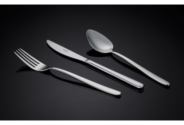 Privilege cutlery from Sola is a slender and stylish design. This modern and elegant cutlery pattern is well balanced and fits nicely into the hand. Buy now and receive free shipping on all our Sola products.