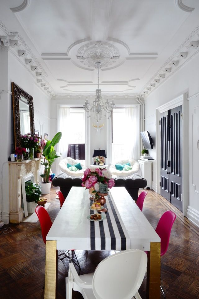 Dramatic Decor In A Traditional Brooklyn Brownstone