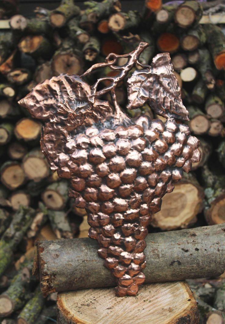 Grape fruit animals nature wall copper Hornet handmade by LaCasadelRame su Etsy