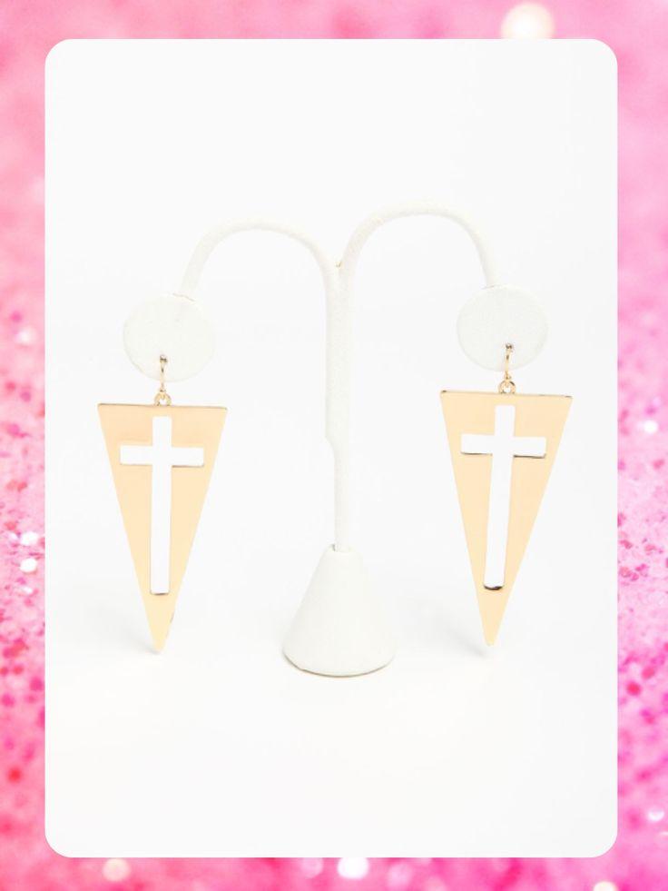 #MayaBoutiqueCR LoveCulture Código: LCA-18 #Cut out #cross #earrings Color: Gold Precio: $13,75 (¢7.500) Para pedidos y consultas llamar al teléfono 8963-3317 o al email maya.boutique@hotmail.com.