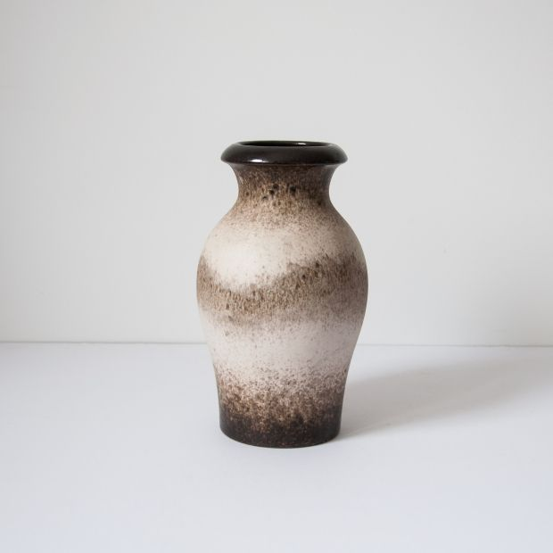 Beżowy wazon Scheurich 290-27 | Beige Scheurich 290-27 vase | buy on Patyna.pl | #forsale #vintage #vintagefinds #vintageshop #vintagelove #retro #old #design #home #midcenturymodern #want #amazing #home #inspiration #kitchen #decoration #furniture #ceramics #porcelain #vase #scheurich #beige #brown #70s #1970s #ładne