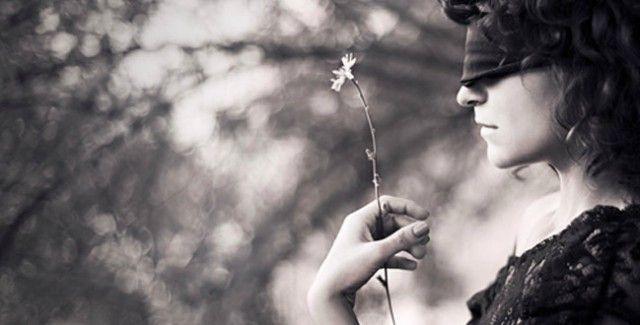 """Amazonas tem mais de 250 mil pessoas com algum tipo de deficiência visual O Abril Marrom é dedicado à prevenção contra a cegueira e à conscientização sobre a realidade das pessoas que convivem com o problema. No Amazonas, a estimativa da Associação de Deficientes Visuais do Amazonas (Advam) é que mais de 250 mil pessoas possuam algum tipo de deficiência visual, seja causada por catarata, glaucoma ou outra doença, que poderia ter sido evitada ou tratada. """"Por isso, o check-up ocular é…"""