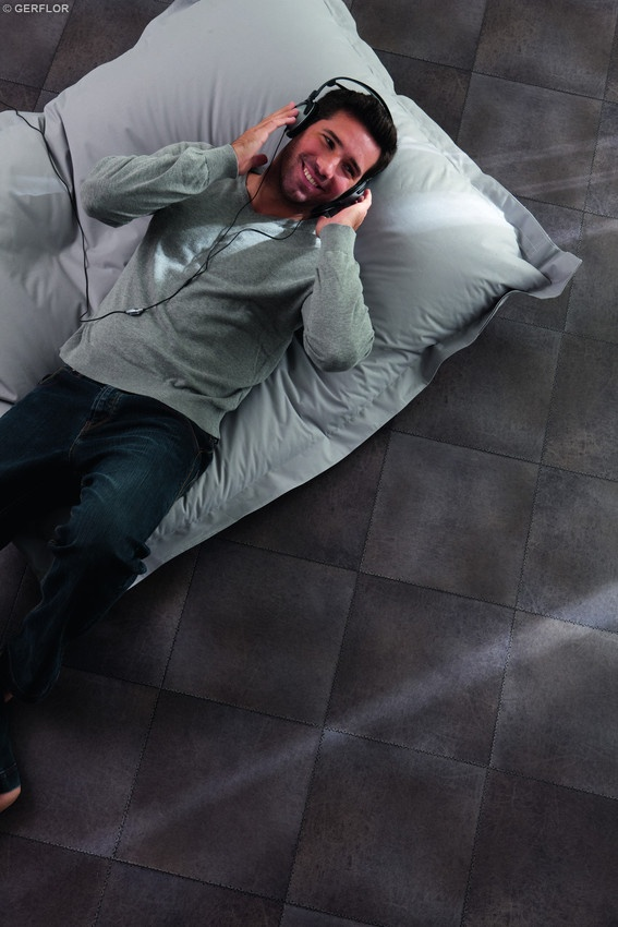 9 best images about gerflor vinyl flooring carpet call on pinterest vinyls carpets and grey for Parquet pvc gerflor