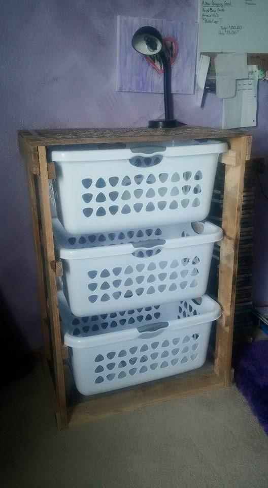 Laundry chest