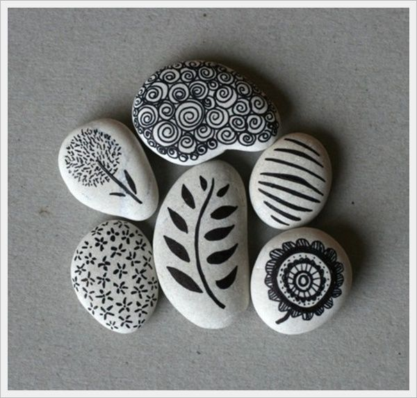 "Facebook Twitter Google+ Pinterest StumbleUponThis is the latest art trend that has been discovered – painting on stones. Let us face it is a rocking craft that can work out to be really economical. Of course that depends on where you get the stones. What is stone art really good for? Paint a stone and<a href=""http://www.boredart.com/2013/04/50-creative-examples-of-stone-art-design-picture-gallery.html"" title=""Read more"" >...</a>"