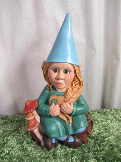 Female Garden Gnomes: 21 Best Images About Gnome Life On Pinterest