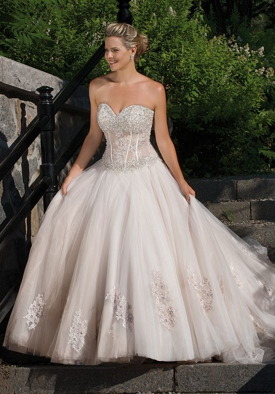 Dress Details  Crystal beaded corset Silhouette: Ball Gown Neckline: Sweetheart Gown Length: Floor Sleeve Style: Special Features: Corset Bodice Color: White, Ivory, Champagne Size: 4 - 26