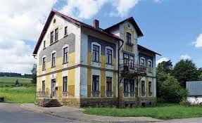 Výsledek obrázku pro venkovské empírové domy