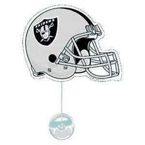 Oakland Raiders NFL fan wave