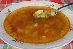 La sopa quema-grasas es una receta muy saludable que puede ayudar a perder peso eficazmente. Descubre de qué se trata y cómo puedes adelgazar consumiéndola.