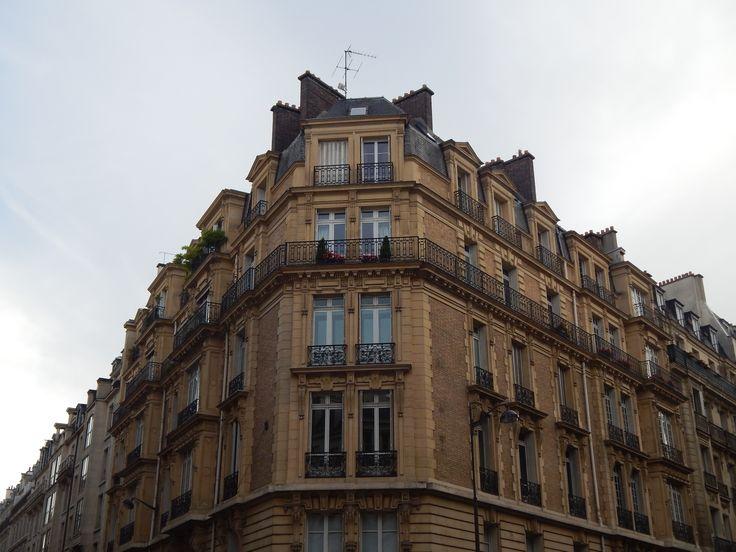 #TringularHousing #Parisappartments #Paris