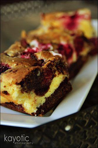 choco rasp cheesecake bars