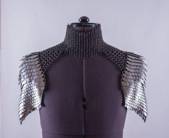 Skala Mail Schulter Rüstung Schulterschutz mit von FLOWSTUDIOS
