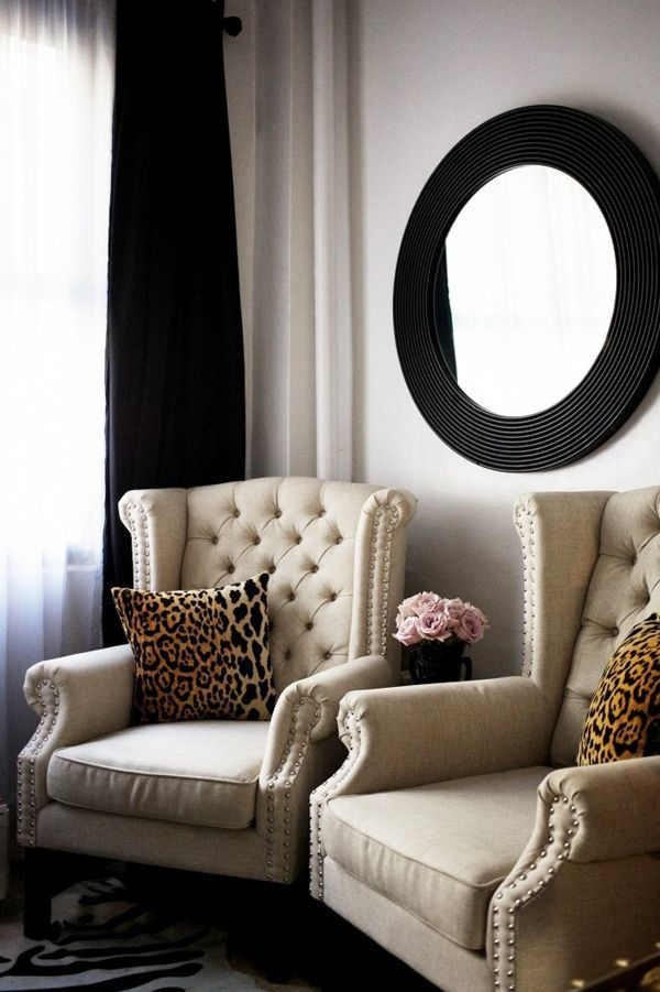 double wings w/nailhead trim | round mirror