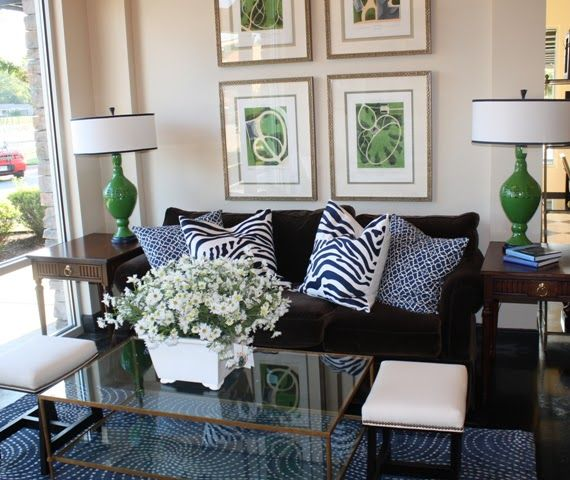 Eye For Design Decorating With The Blue Green Color Combination Green Living Room Decor Blue Living Room Decor Living Room Green