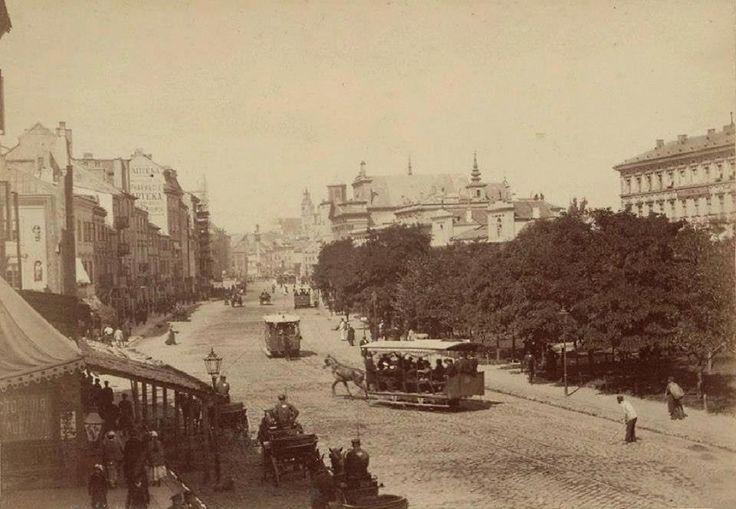 Krakowskie Przedmieście. fot. 1881-1885, Konrad Brandel, źr. Mazowiecka Biblioteka Cyfrowa.