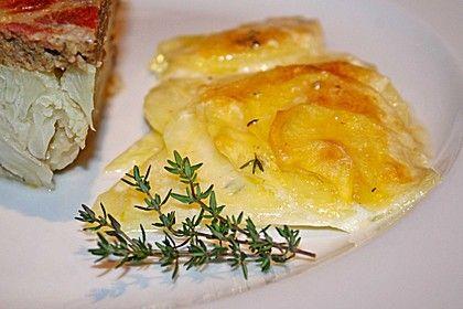 Kartoffelgratin mit frischem Thymian und Knoblauch