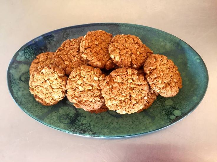 Anzac Biscuit (the guiltless kind!)