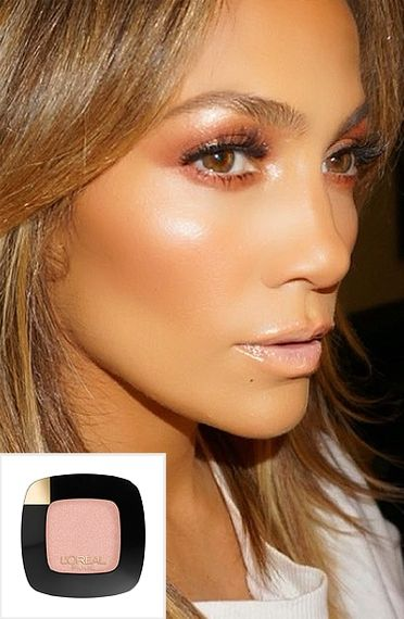 Beauty Update: 6 Bold Spring Trends You Have to Try | People - Jennifer Lopez wearing shimmery pink eyeshadow