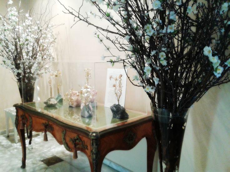 museum, almond, tree, jewelry,display, museum, athens, tours, exhibition. display, Athens, tour,ilias lalaounis jewelry museum, ilias lalaounis,
